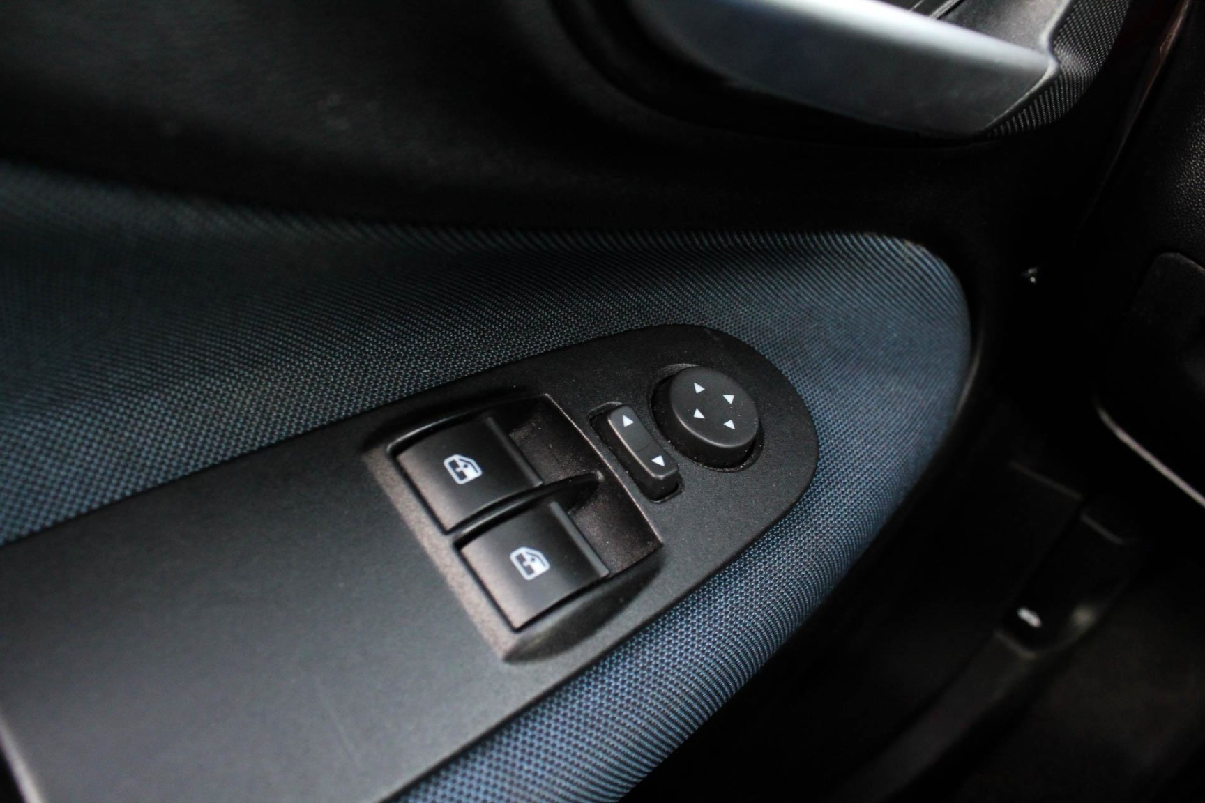 Fiat-Punto Evo-13