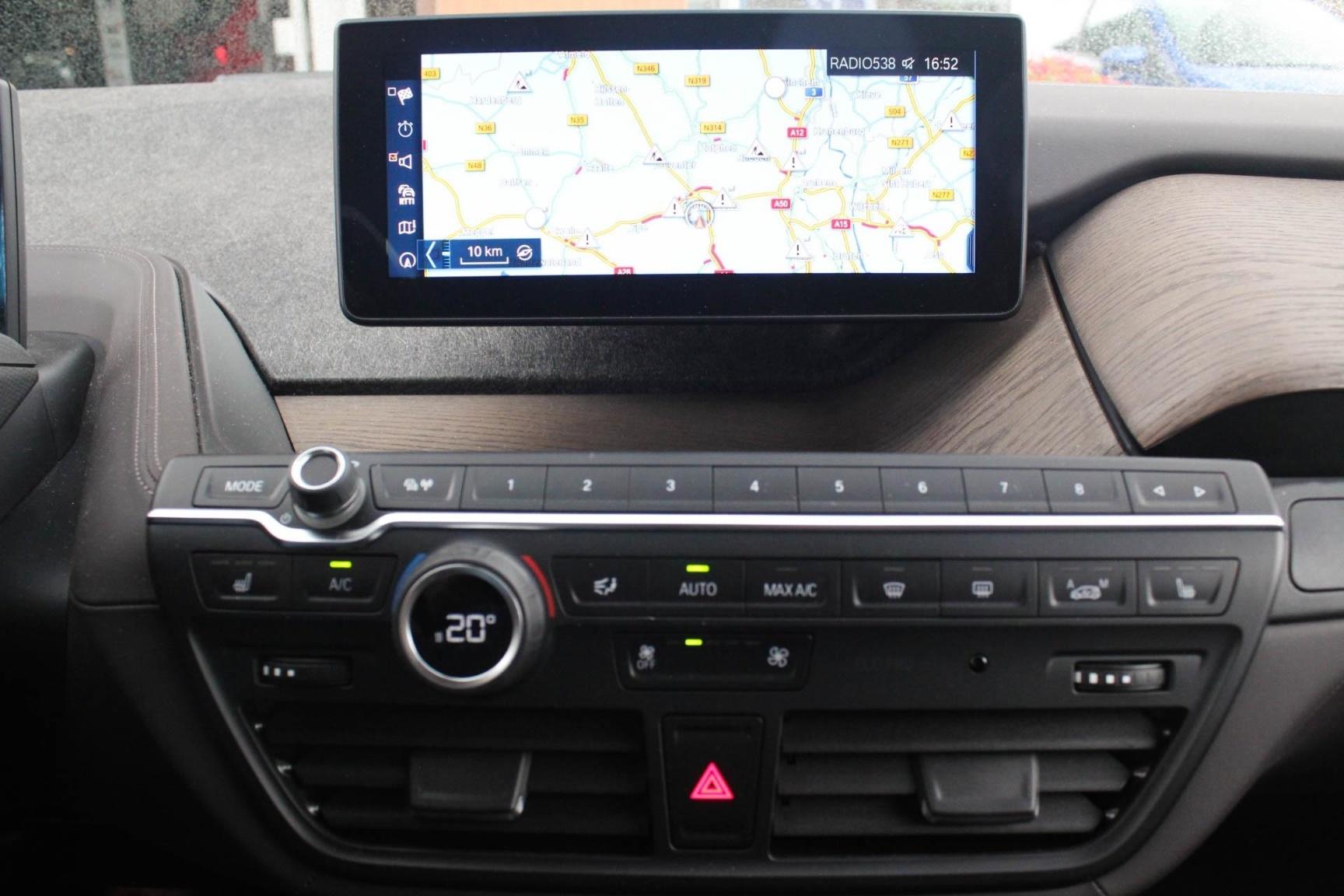 BMW-i3-15