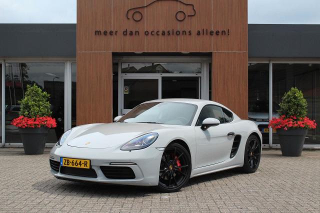 Porsche-Cayman
